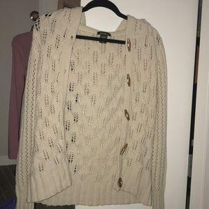 Cream knit Eddie Bauer Cardigan Size M